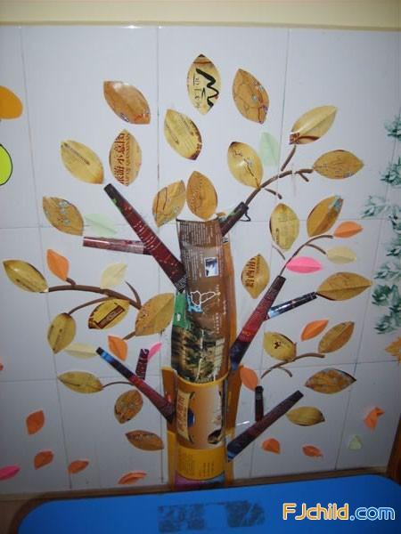 小班主题活动 秋天落叶飘 之班级环境 秋天的树