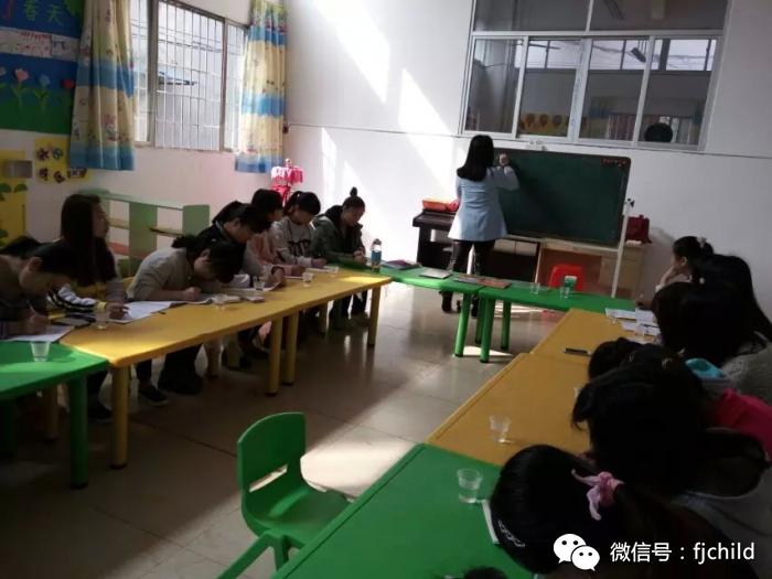 厦门集美飞翔幼儿园北京师范大学蒙氏数学培训